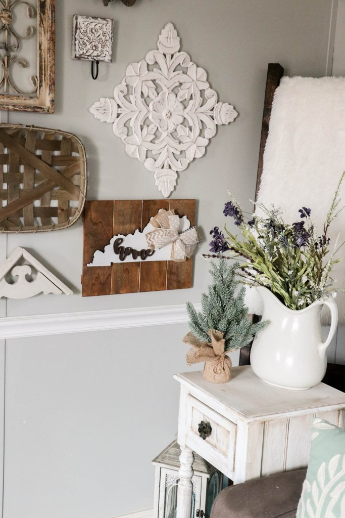 A beautiful and easy transition from Christmas to winter decor!