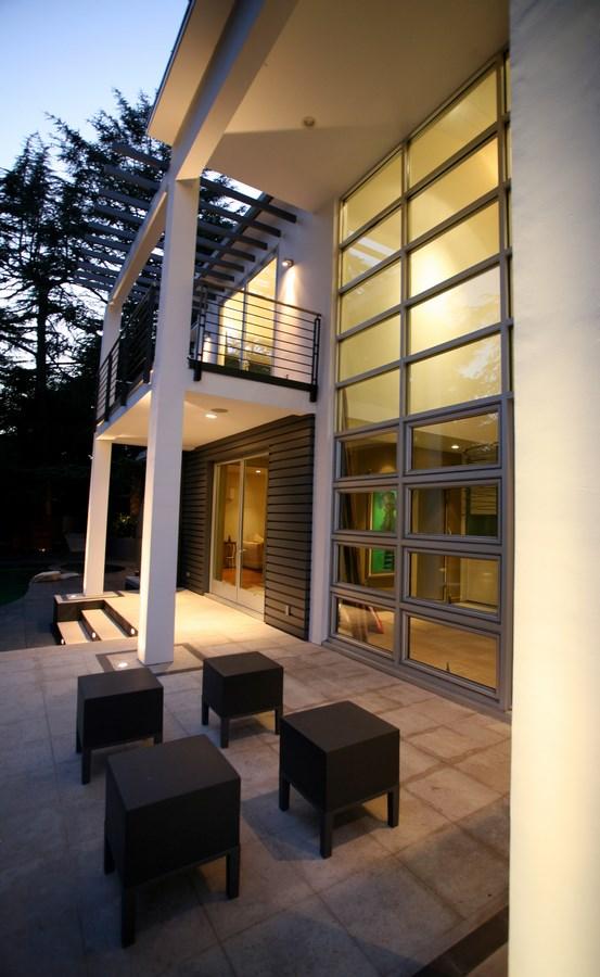 Modern Residence in La Canada Flintridge by James V. Coane (10) (Copy)
