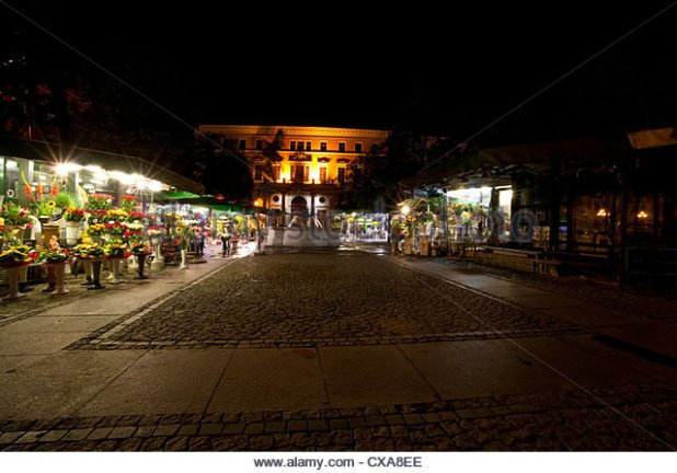 flower-market-in-solny-square-wroclaw-poland-july-2010-cxa8ee