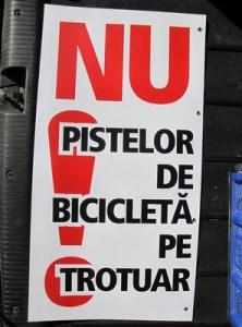 nu pistelor de bicicleta pe trotuar