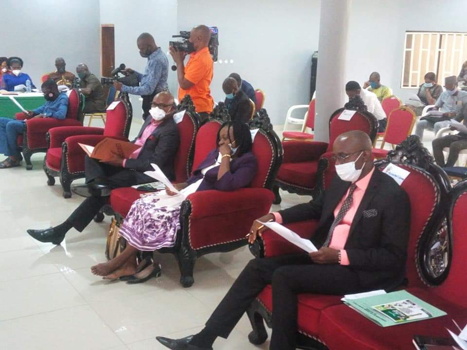 A cross section of Stakeholders at the public hearing
