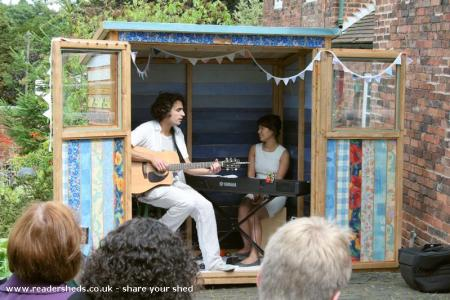 Song Shed - Elena Thomas (and Dan Whitehouse)
