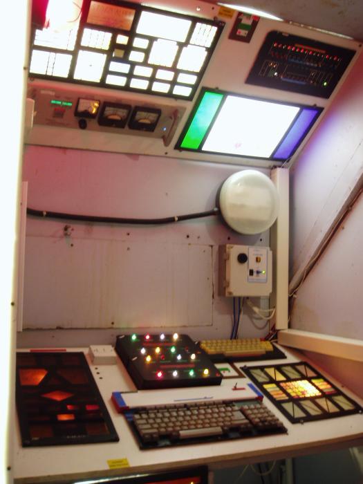 TARDIS - Stuart Mantle