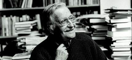 Portrait, Noam Chomsky, 06/15/09. (photo: Sam Lahoz)