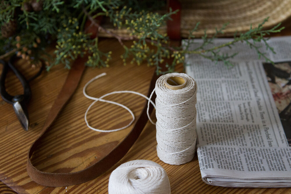 recycled_gift_wrap_reading_my_tea_leaves_1740-2