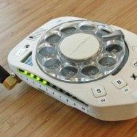 «Ностальгический» мобильный телефон с дисковым набором номера