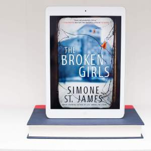 Read Remark book review - The Broken Girls by Simone St James