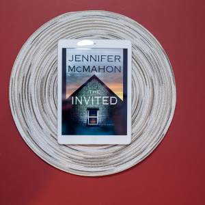 Read Remark book review - The Invited by Jennifer McMahon