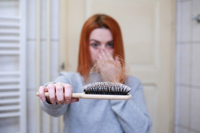 How To Stop Hair Loss Fast And Get Shiny Hair