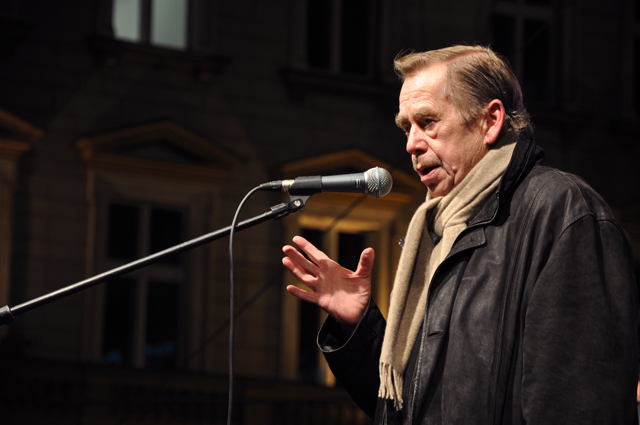 Václav Havel Speaking