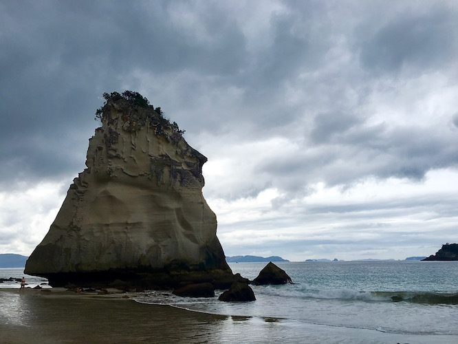 NZ Cathedral Cove 3