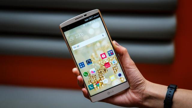 LG-V10-vs-Samsung-Galaxy-S7-Edge LG V10 vs Samsung Galaxy S7 Edge
