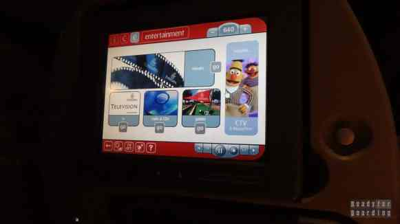 Multimedia na pokładzie Emirates na trasie Dubaj Tokio Narita