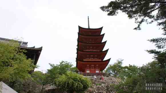 Miyajima, Itsukushima Shrine, Senjokaku, Pagoda