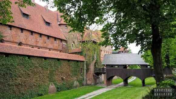 Malbork - wejście do Zamku Średniego