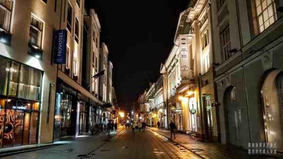 Wilno nocą, Litwa
