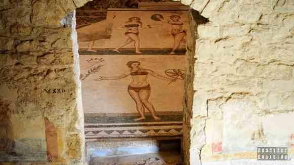 """""""Dziewczęta w bikini"""", Villa Romana - Sycylia"""