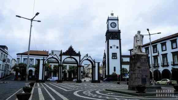 Praça de Gonçalo Velho - Ponta Delgada, Azory