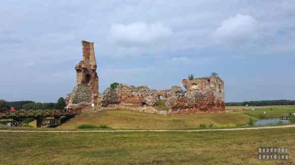 Zamek w Besiekierach, województwo łodzkie