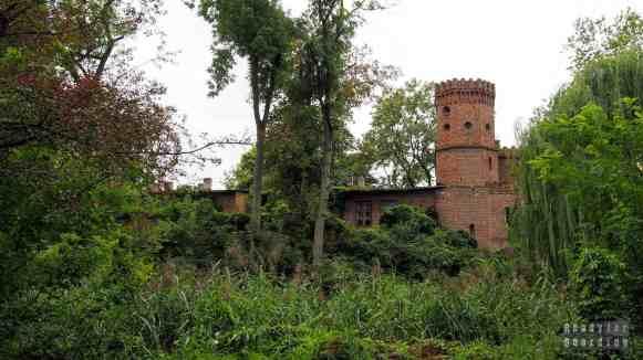 Zamek w Sobocie - zamki województwa łódzkiego