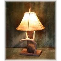 Hidalgo Weathered Log & Whitetail Deer Antler Table Lamp