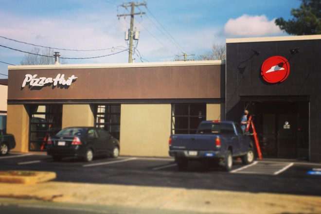 A Pizza Hut. On West Main Street