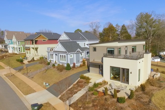 Lochlyn Hill neighborhood in Charlottesville – New Construction with Character