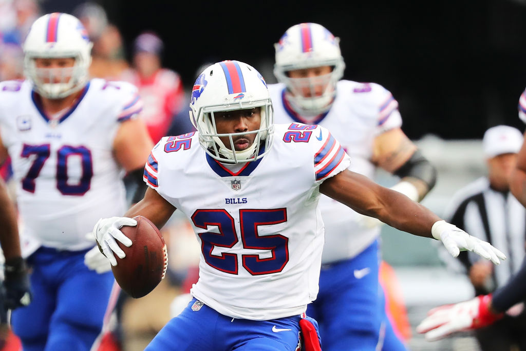 with horrific bloody photo lesean mccoy accused of 1