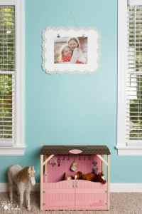 Simple to Make Photo Frame DIY Wall Art