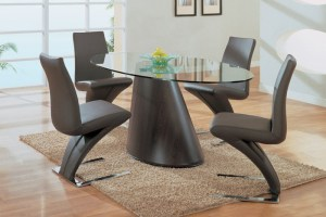 Unique Dining Table for your dining hall