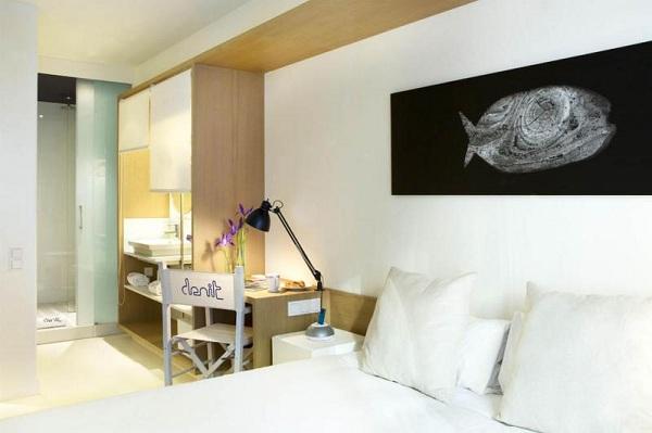 New Modern Hotel Denit in Barcelona