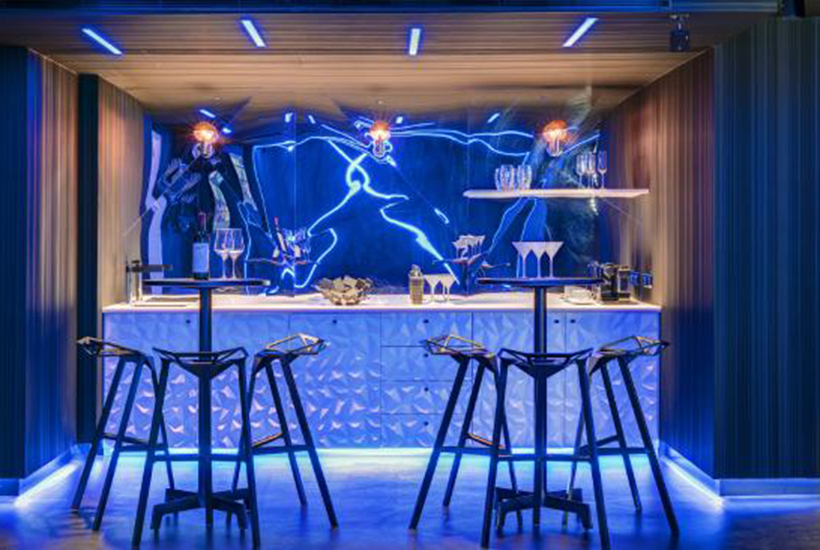 Sydneys Star to charge 3000 a night for Cyberpunk room