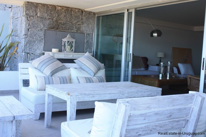 318-32-Extraordinary-Apartment-with-Direct-Access-to-Sea