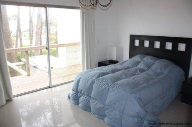 4317-Cozy-Modern-Designer-House-in-Montoya-461