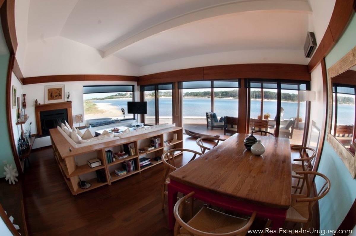 Modern Designer House - Living Room