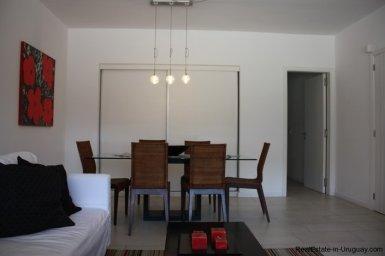 4641-Modern-Attractive-Apartment-on-Peninsula-250