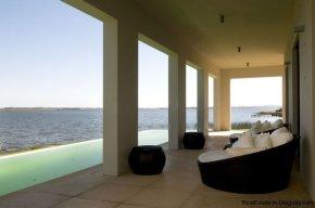 4021-Modern-Farmland-House-in-Laguna-del-Sauce-844