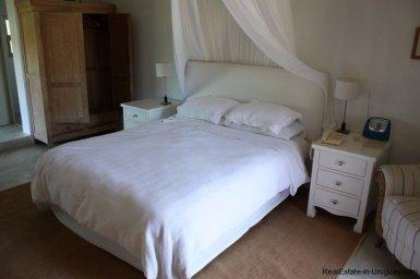 4303-Cozy-Spectacular-Modern-Inn-in-El-Chorro-by-Punta-Piedras-797
