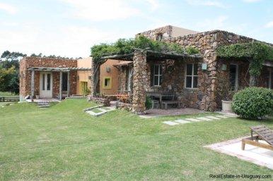 4303-Cozy-Spectacular-Modern-Inn-in-El-Chorro-by-Punta-Piedras-799