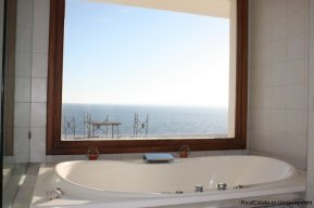 4518-Well-Built-Seafront-House-in-Punta-Ballena-853
