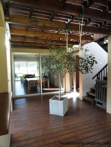4604-Modern-Attractive-House-in-Montoya-578
