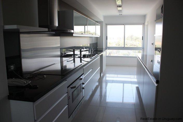 4723-Beach-Front-Apartment-in-Playa-Brava-718