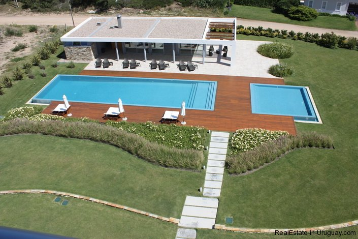 4723-Beach-Front-Apartment-in-Playa-Brava-719