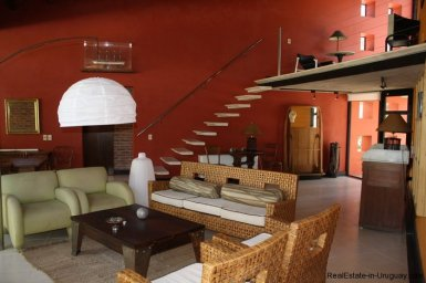558-61-Modern-House-in-Exclusive-Private-Montoya-Area