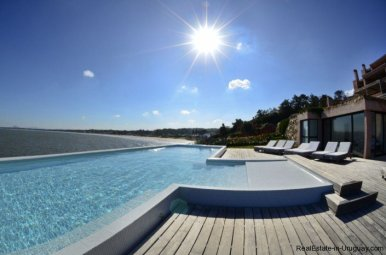 738-81-Modern-Sea-View-Duplex-Apartment-in-Punta-Ballena