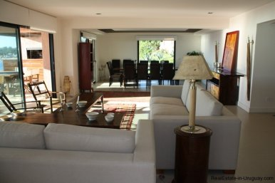740-81-Modern-Sea-View-Duplex-Apartment-in-Punta-Ballena