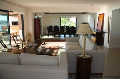 740-81-Modern-Sea-View-Duplex-Apartment-in-Punta-Ballena