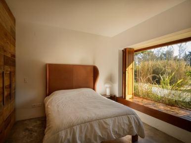 4716 Guest Bedroom