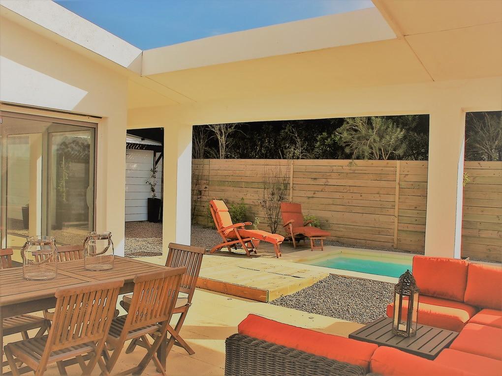 Modern Home in Punta Piedras