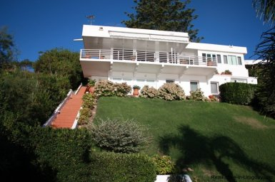 4815-Cliff-Top-Home-with-Stunning-Sea-Views-in-Punta-Ballena-1086